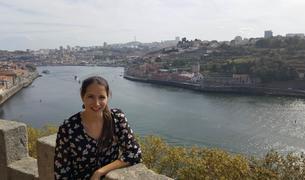 «La ciudad de Oporto tiene una belleza única y decadente que me atrapa»