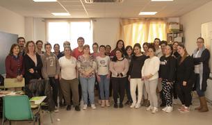 Imatge dels participants al curs de monitors de menjador de Constantí.