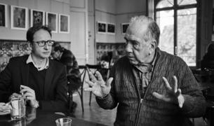 Imagen del encuentro con el escritor Joan Margarit.