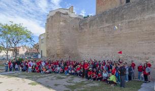 Imagen de grupo de los participantes en la IV Caminada de Primavera en Constantí.