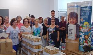 Los cartones de leche se entregaron ayer martes al Banc d'Aliments.