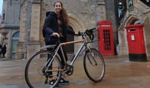 «D'Oxford m'emportaria el respecte que es té a les bicis»