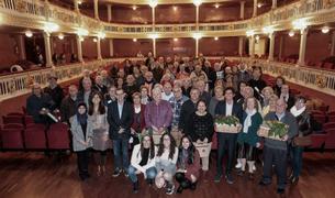 Imagen de los participantes en la celebración, en el teatro Bartrina de Reus.