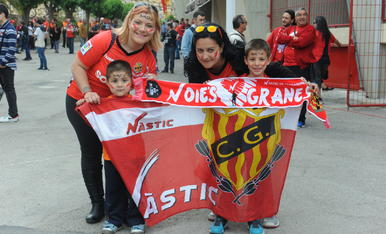 Nàstic - Osasuna: l'afició omple el Nou Estadi/2