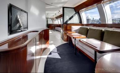 Atraca a Tarragona un dels velers més luxosos del món
