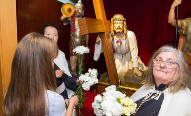 Ofrena al Crist de la Primera Caiguda