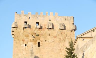 Viacrucis a les muralles