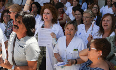 La protesta dels treballadors del CAP La Granja