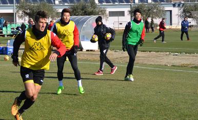 El CF Reus entrena amb el BIT FC (2)