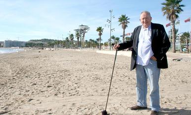 Graset a la platja de la Pineda