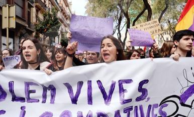 Manifestación de estudiantes durante la huelga del 8 de marzo en Tarragona