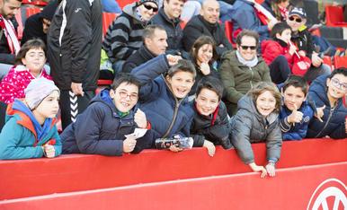 L'afició durant el Nàstic-Córdoba (1)