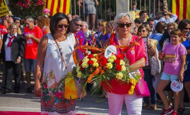 GALERIA: L'ofrena floral de la Diada a Rafel Casanova (5)