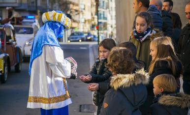 Els patges recullen les cartes de la Canonja
