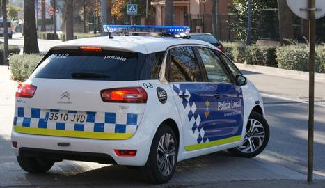 Un cotxe de la Policia Local de Calafell.