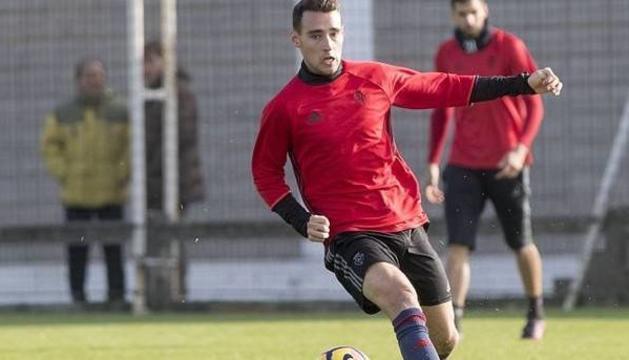 Imanol García, entrenando con el Osasuna.