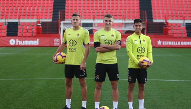 Viti, Salva Ferrer i Brugui, abans de l'entrenament d'ahir a la tarda al Nou Estadi, on van tornar a ser protagonistes.