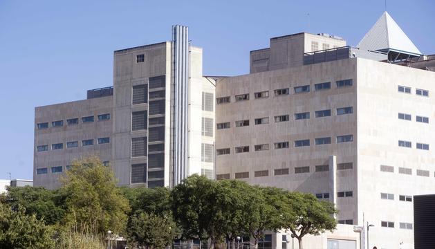 Rosa es recupera de les ferides a causa de la caiguda en una habitació de l'Hospital Joan XXIII