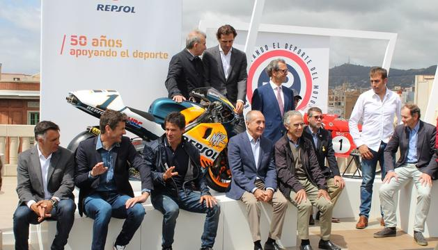 Una imatge d ela presentació de l'exposició amb diversos pilots de la marca.