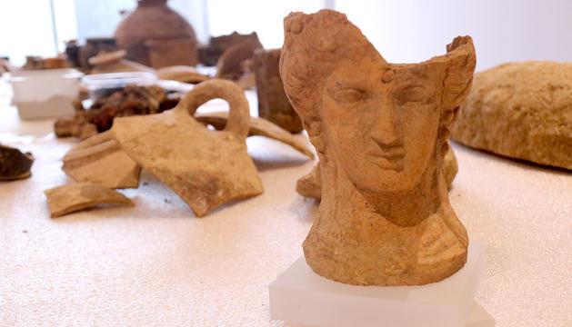 Un bust de la deessa Demèter trobada al jaciment Font de la Canya.