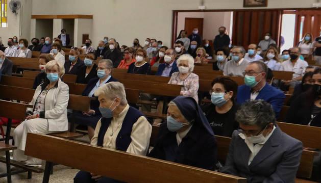 Algunas de las hermanas, en la misa de despido de los Pares Paüls.