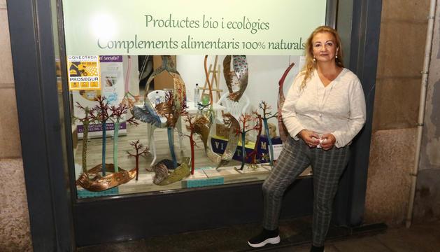 Sara Dalmau con su trabajo 'Sirenes', este jueves en Reus.