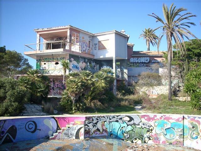 Salou hace efectiva la compra del xalet de pedrol rius - Casas en salou ...