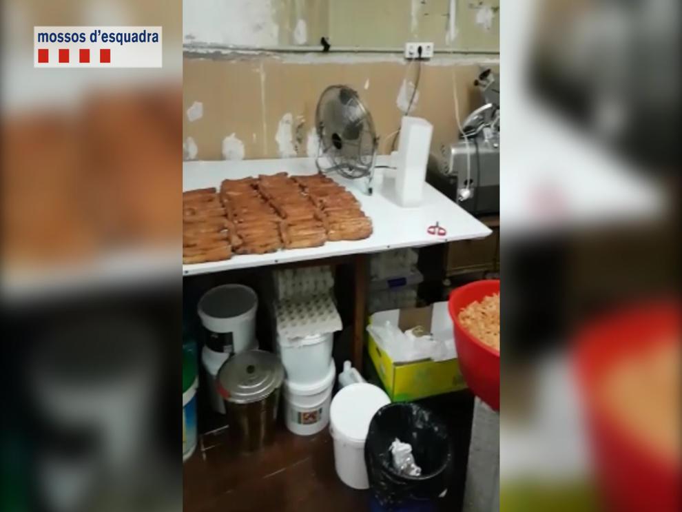 De la suciedad de la cocina hasta tu casa for Pisos asiaticas barcelona
