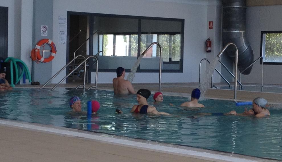 l 39 hospitalet de l 39 infant cedeix la piscina a la muntanyeta