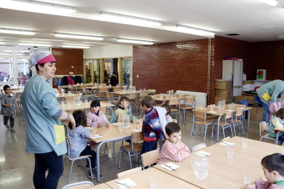El precio de los comedores escolares catalanes se mantiene congelado ...